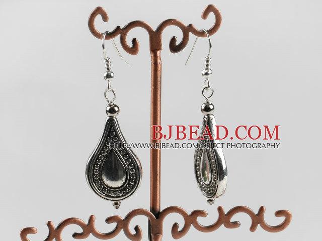 vogue jewelry drop shape silver like earrings