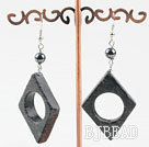 black flower jade earrings with hollow center under $ 40