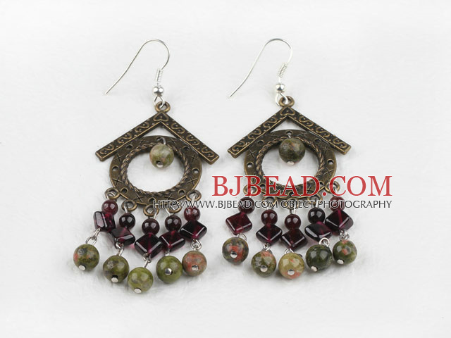 Vintage Style Garnet and Green Aventurine Earrings