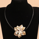 17.7 inches ivory color shell flower pearl necklace with magnetic clasp