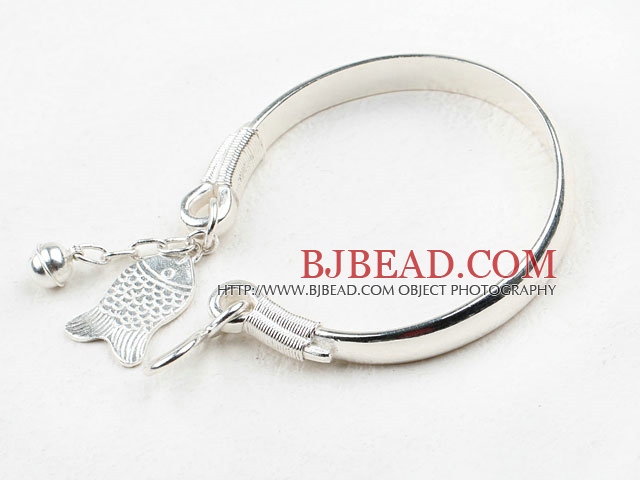 Fashion Style Sterling Silver Bangle with Sterling Silver Fish Shape Accessories