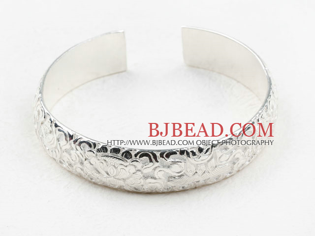 Classic Design Sterling Silver Bangle (With Different Pattern )
