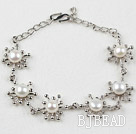 Fashion Style White Freshwater Pearl Flower Metal Bracelet with Adjustable Chain
