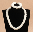 Elegant Design Three Strands Round White Turquoise Beaded Jewelry Set (Necklace with Matched Bracelet)