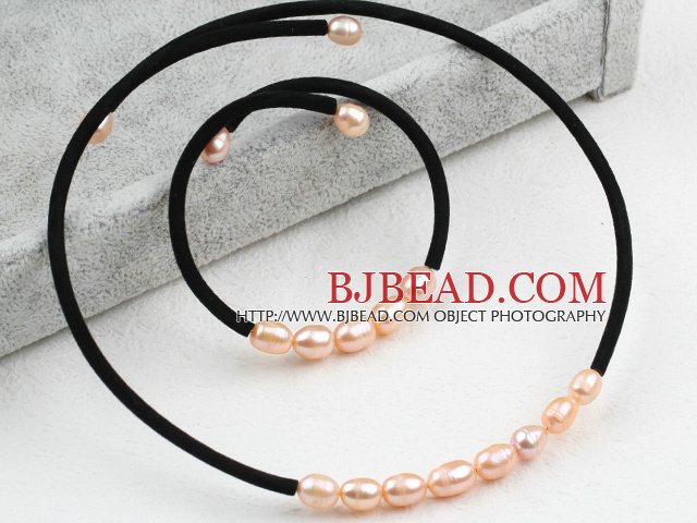 Simple Design Pink Freshwater Pearl Choker Set (Necklace and Matched Bracelet)