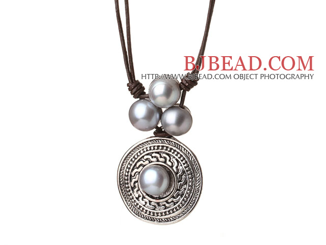 Amazing Trendy Design Single Strand Grey Freshwater Pearl Pendant Necklace with Brown Leather