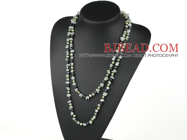 pearl and serpentine jade necklace
