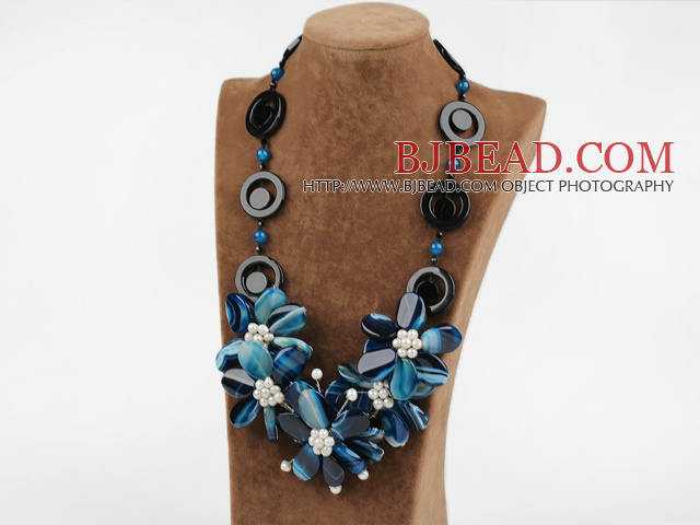 exquisite 23.6 inches white pearl blue agate flower necklace