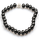 14mm Black Color Round Sea Shell Beaded Necklace with Magnetic Clasp