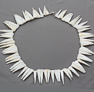 Single strand long teeth shape shell necklace