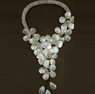 Fantastic Fashion Natural White Freshwater Pearl Shell Flower Statement Long Party Necklace