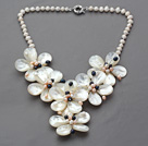 Elegant Style White Freshwater Pearl and Shell Flower Party Necklace