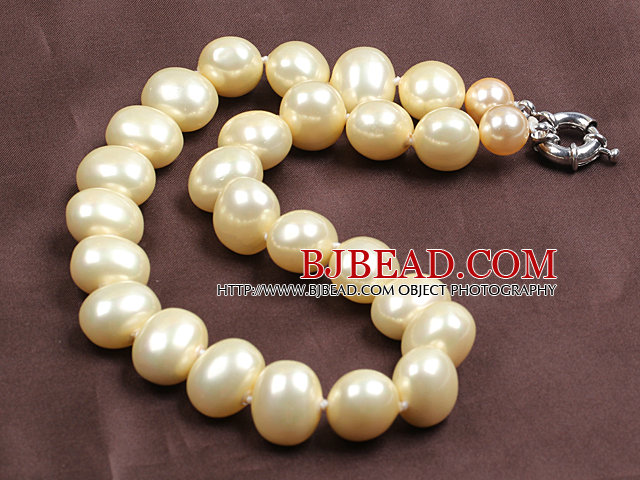 Chunky Big Potato Shape Light Yellow Color Sea Shell Beads Necklace with Moonlight Clasp