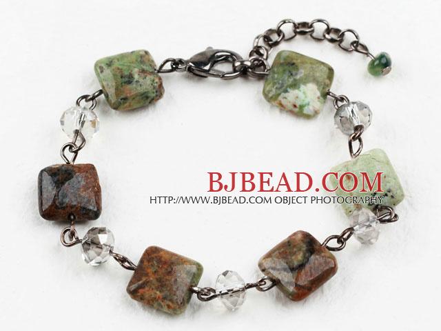 Diseño clásico brazalete de cristal claro y Canadá Jade con bisutería