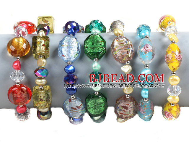 7 PCS Beautiful Multi Color Natural Pearl Crystal Colored Glaze Bead Bracelet (Random Color)