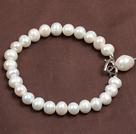 Simple Elegant Style 7-8Mm Natural White Freshwater Pearl Elastic/ Stretch Bracelet With Pearl Charm