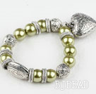 acrylic beads bracelet with heart charm