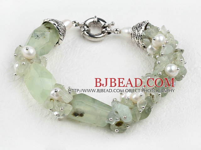 popular white pearl and green jasper bracelet with moonlight clasp