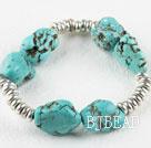 Turquoise and small metal loop elastic bracelet
