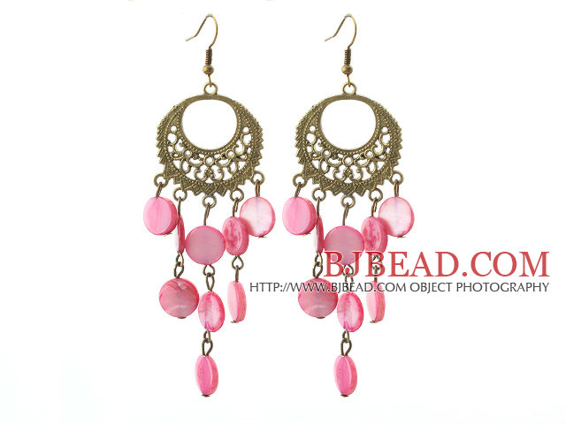 Vintage Style Round Shape Accessory and Flat Round Peach Pink Shell Long Earrings