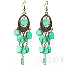 Vintage Style Oval Shape Accessory and Flat Round Green Shell Long Earrings