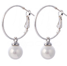 Fashion 10mm runde Hvid Seashell perler dingle øreringe med store Hoop earwires
