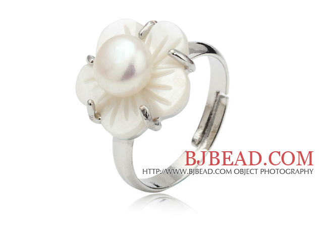 Nice Natural 5-6mm White Freshwater Pearl And White Shell Flower Adjustable Ring