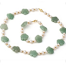 Nice Natural White Freshwater Pearl And Aventurine Flower Sets (Necklace With Matched Bracelet)