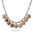 Diseño simple de 18 mm redondo del color del café de acrílico collar de perlas con cadena de metal Negro