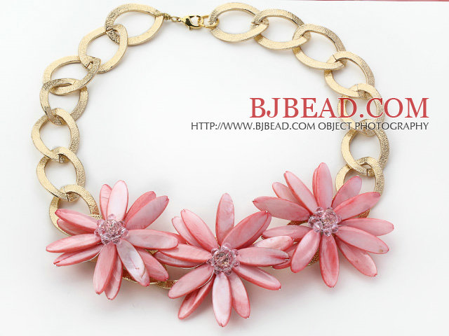 2013 Summer New Design Pink Shell Flower Necklace with Golden Color Metal Chain