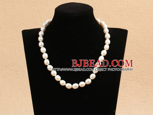 Best Mother Gift Graceful 10-11mm Natural White Rice Pearl Party Necklace With Heart Clasp