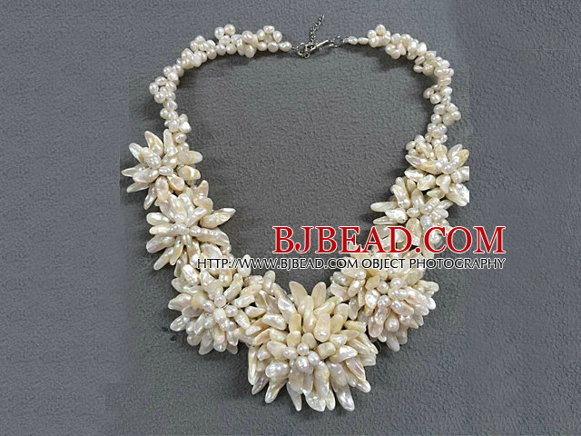 Best Sale Elegant Natural White Teeth Shape Freshwater Pearl Flower Statement Party Necklace
