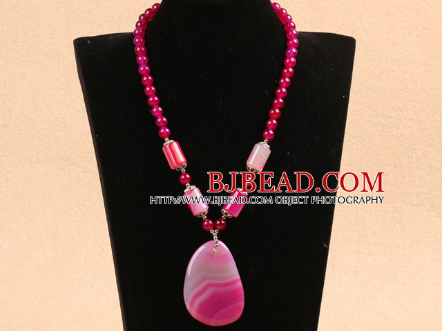 Christmas Style Rose Red Agate Pendant Necklace