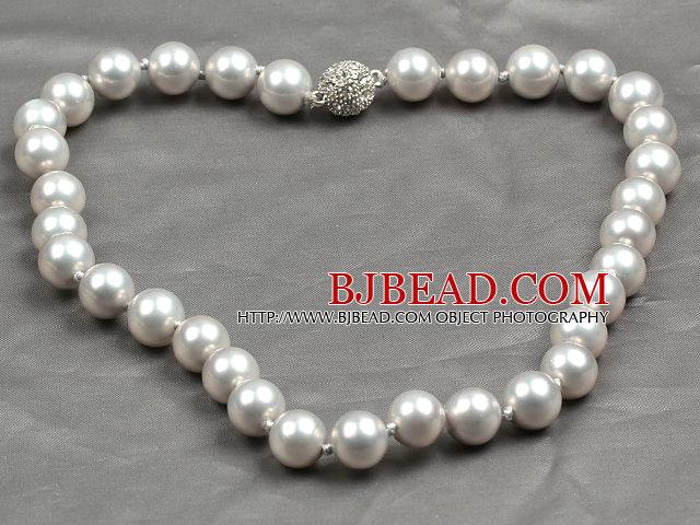 Fashion Single Strand 12Mm Grey Round Seashell Beads Necklace With Rhinestone Magnetic Clasp