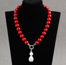 Elegent Style Potato Shape Red Seashell Beaded Knotted Necklace with Red Seashell Pendant