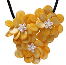 Elegant Layer Style White Freshwater Pearl And Yellow Round Disc Shell Flower Necklace With Black Leather