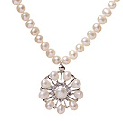 Fashion Single Strand Natural White Freshwater Pearl Zircon Pendant Necklace