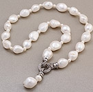 Fashion Natural White Baroque Freshwater Pearl Knotted Charm Pendant Necklace