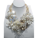 Gorgeous Natural White Freshwater Pearl Crystal Shell Flower Statement Party Necklace