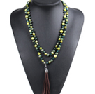 Fashion Hot Koop Potato Shape Natural Green Series Kelly Green Pearl Lange Ketting met suède Tassel (Tassel kan worden verwijderd)