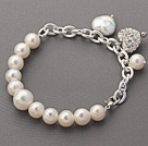 Fashion Style White Round Freshwater Pearl Bracelet with Silver Color Metal Chain and Heart Shape Rhinestone Accessory