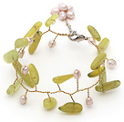 Yellow Green Series Pink Zoetwater Parel en Branch Shape Zuid-Korea Jade Wire Gehaakte armband
