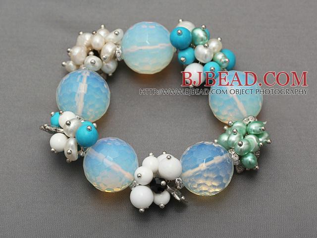 Ronda facetas opal y el grupo de perlas de color turquesa for Piedra preciosa turquesa