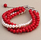 Fashion Multilayer Round Red Coral og Natural White Ferskvandsperle Armbånd Armbånd