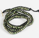 3-4mm Army Green Pearl Beads Three Times Wrap Bangle Armbånd med Shell Clasp