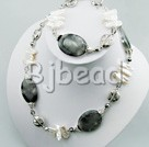 crystal and biwa pearl sets